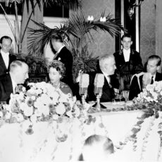 This is a black and white photograph taken at a state luncheon Victoria in 1951 of Lieutenant-Governor Clarence Wallace, the Princess Elizabeth, Duchess of Edinburgh, Premier Byron Johnson and Duke of Edinburgh.