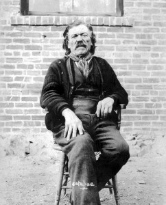 View images showing life during BC's gold rush